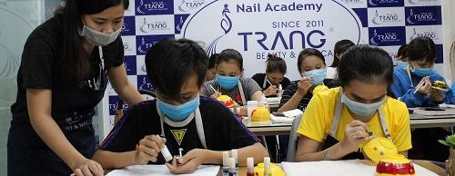 top-10-dia-chi-day-nail-chuyen-nghiep-va-uy-tin-tai-tphcm-4