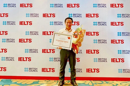 top-10-giao-vien-day-ielts-gioi-co-tieng-tai-tphcm-1
