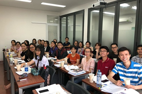 top-10-giao-vien-day-ielts-gioi-co-tieng-tai-tphcm-5