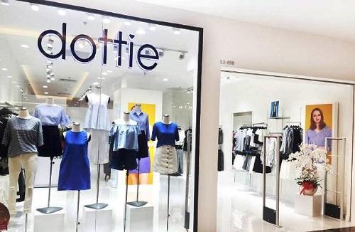 Top 10 shop quần áo nữ đẹp và nổi tiếng tại TPHCM