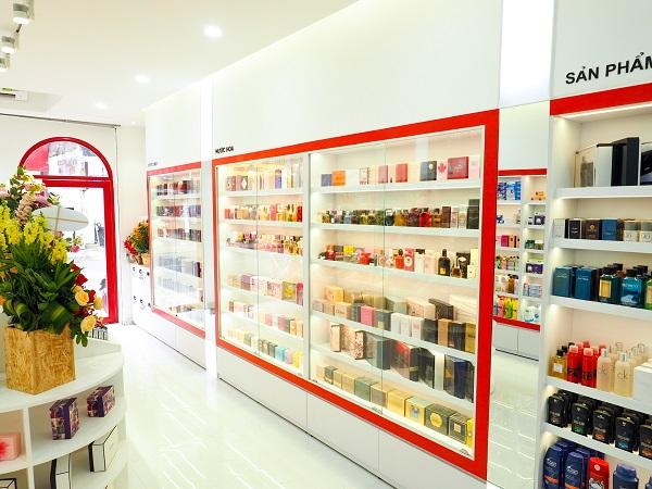 Top 10 shop bán nước hoa chính hãng uy tín tại TP.HCM