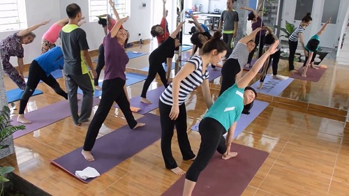 top-5-phong-tap-yoga-lon-va-tot-nhat-tai-quan-1-tp-ho-chi-minh-2