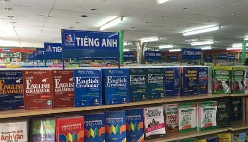 top-5-nha-sach-lon-tai-quan-1-ban-doc-khong-the-bo-qua-4