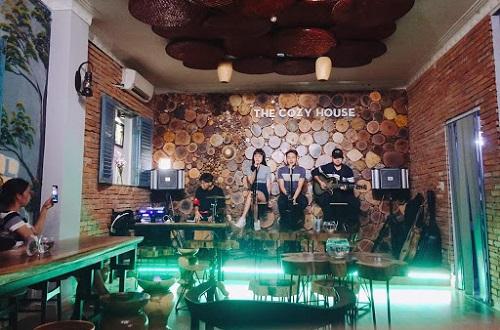 top-5-quan-cafe-acoustic-nghe-nhac-noi-tieng-o-binh-thanh-4