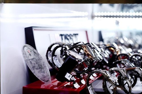 Top 5 shop bán đồng hồ đeo tay chính hãng uy tín ở Thủ Đức