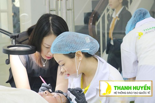 top-10-truong-day-phun-xam-tham-my-tot-nhat-tai-tphcm-4