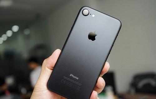 nen-mua-iphone-hang-nao-9