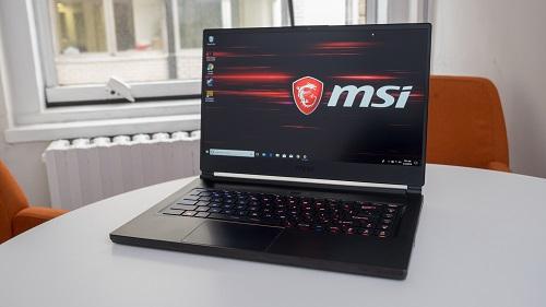 nen-mua-laptop-hang-nao-10
