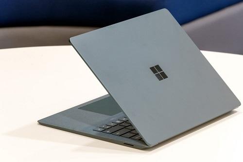 nen-mua-laptop-hang-nao-7