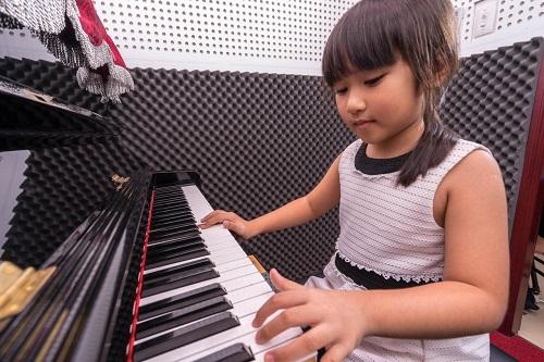 top-8-trung-tam-day-dan-piano-tot-nhat-tai-tphcm-1