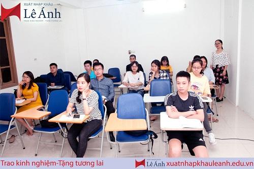 top-5-trung-tam-hoc-chung-chi-xuat-nhap-khau-tot-nhat-o-tphcm-4