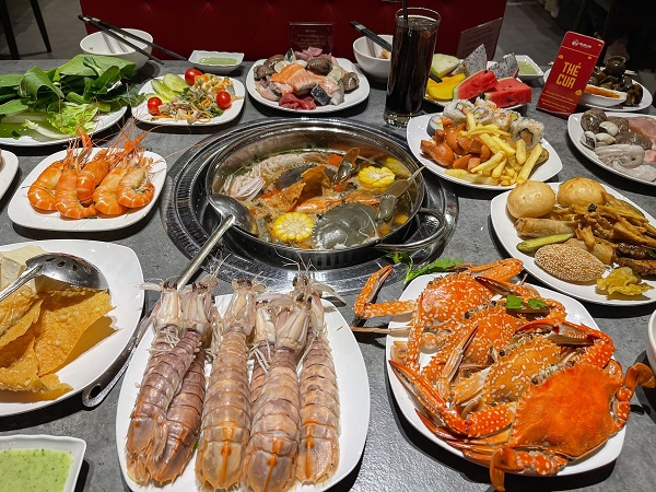 top-10-quan-buffet-hai-san-ngon-noi-tieng-nhat-o-ha-noi-4