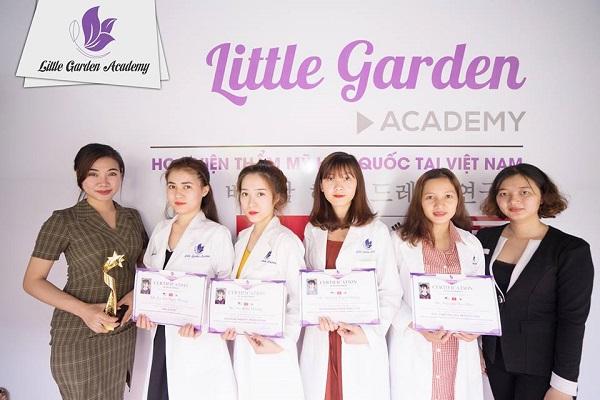 little-garden-spa-3