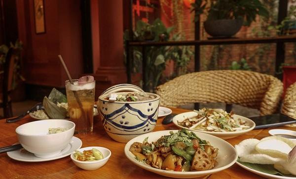 Top 10 nhà hàng buffet chay ngon, nổi tiếng nhất ở Sài Gòn
