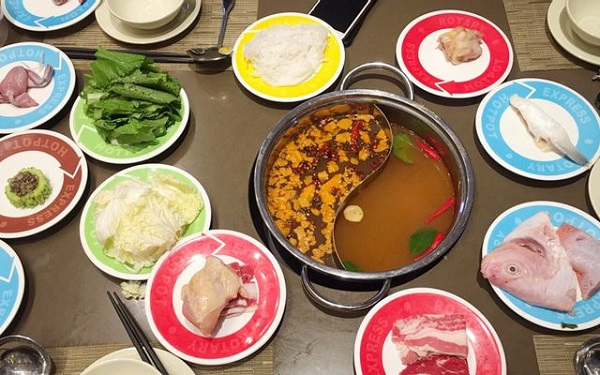 top-10-nha-hang-buffet-ngon-re-noi-tieng-nhat-o-quan-go-vap-2
