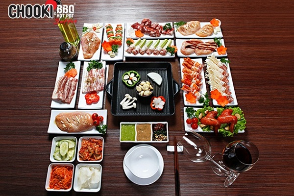 top-10-nha-hang-buffet-ngon-re-noi-tieng-nhat-o-quan-go-vap-7