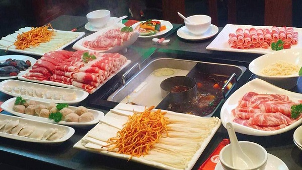 top-10-nha-hang-buffet-ngon-re-noi-tieng-nhat-o-quan-go-vap-8