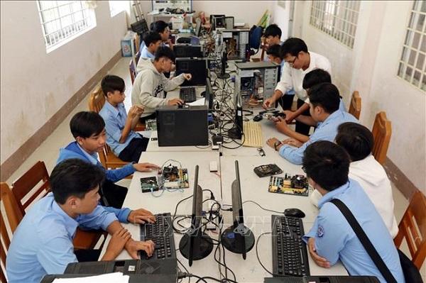 Top 10 trung tâm học sửa chữa máy tính tốt nhất tại TP.HCM