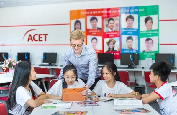 Top 10 trung tâm tiếng Anh giao tiếp tốt nhất tại Hà Nội