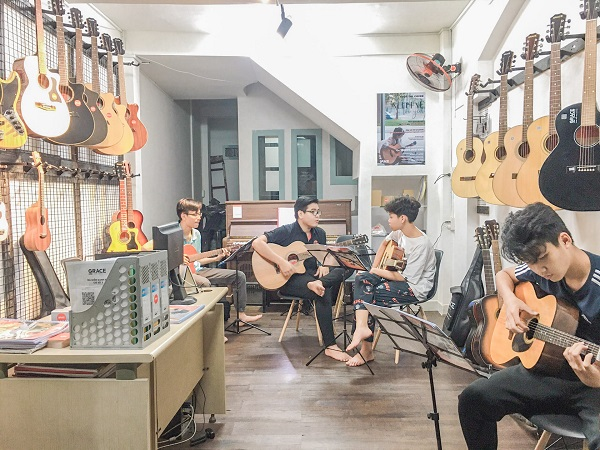 Top 5 trung tâm dạy đàn guitar chuyên nghiệp nhất TP.HCM