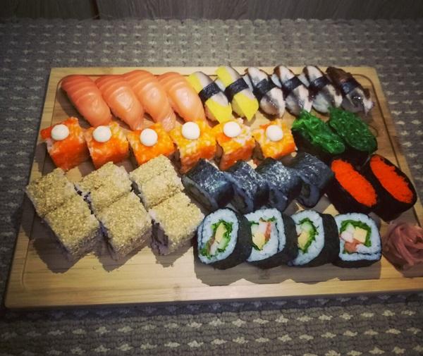 top-5-quan-sushi-ngon-re-noi-tieng-nhat-quan-go-vap-3