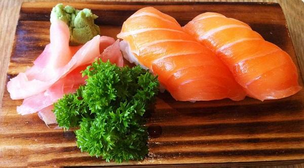 top-5-quan-sushi-ngon-re-noi-tieng-nhat-quan-go-vap-6