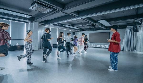 Top 7 trung tâm dạy nhảy hiện đại tốt nhất tại TP.HCM