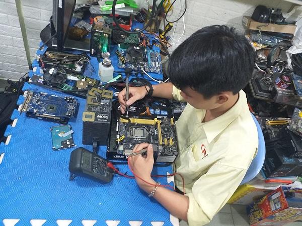 top-5-dia-chi-sua-may-tinh-laptop-uy-tin-nhat-o-quan-7-1