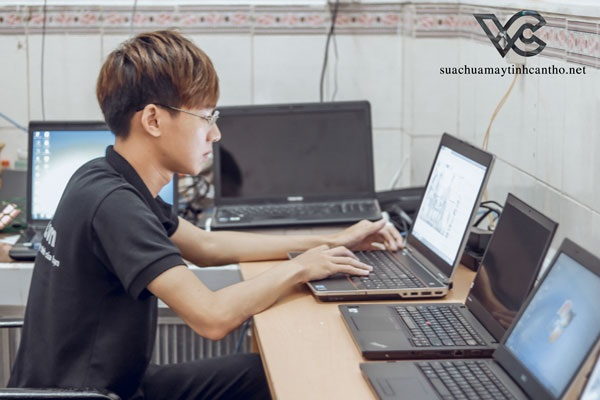 sua-chua-laptop-can-tho-1