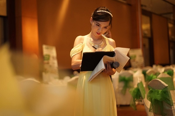 Top 10 cửa hàng cho thuê đầm dạ hội giá rẻ nhất tại TP.HCM