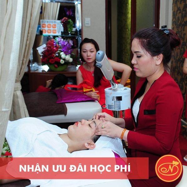 top-5-trung-tam-hoc-massage-mat-uy-tin-nhat-tai-tp-hcm-2