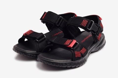 top-5-shop-ban-giay-sandal-nam-dep-cao-cap-tai-tp-hcm-2