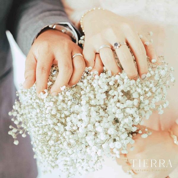 Xu hướng lựa chọn nhẫn cưới vàng trắng của giới trẻ